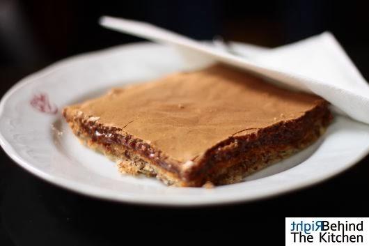 Czekoladowe ciastko duńskie mus jabłkowo chrzanowy tafelspitz Cafe Sperl - Gumpendorfer Straße 11 - kultowa kawiarnia wiedeńska z 1880 roku