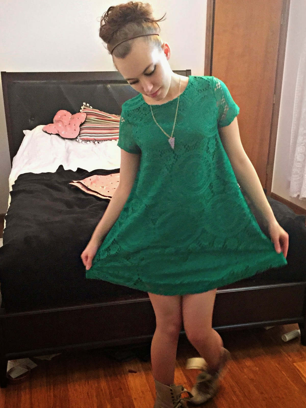 blogger-with-a-dress-on