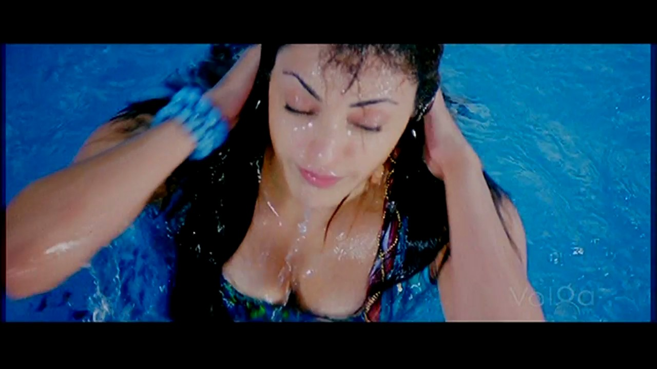 kajal agarwal without any bra click for details kajal agarwal without ...