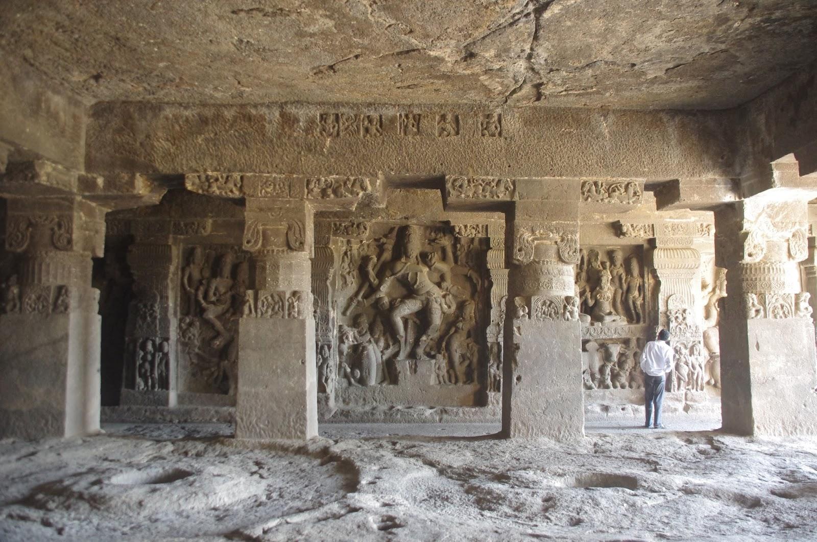 エローラ石窟群の画像 p1_12