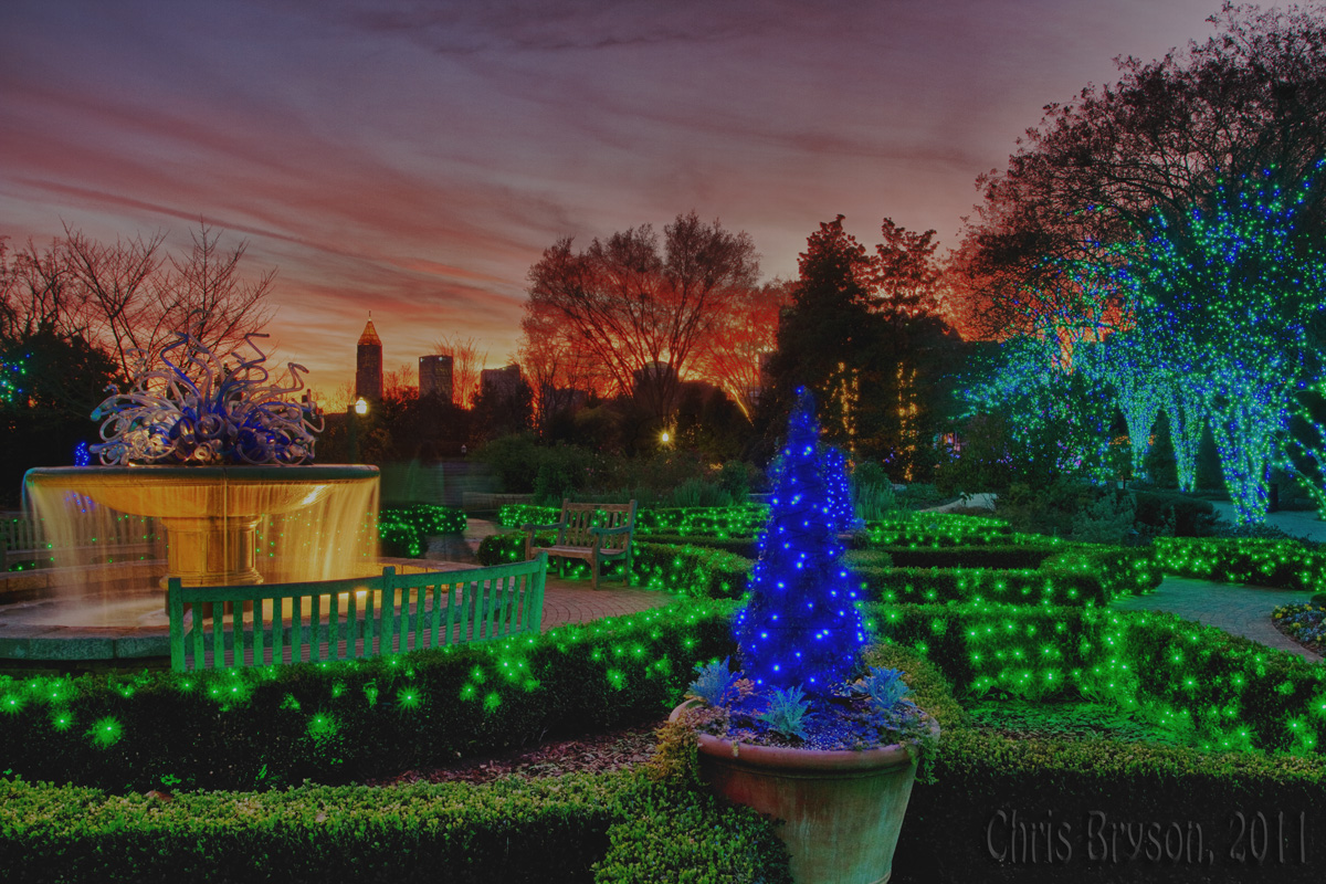 Riverbum39s random ramblings atlanta botanical garden lights for Holiday lights botanical gardens