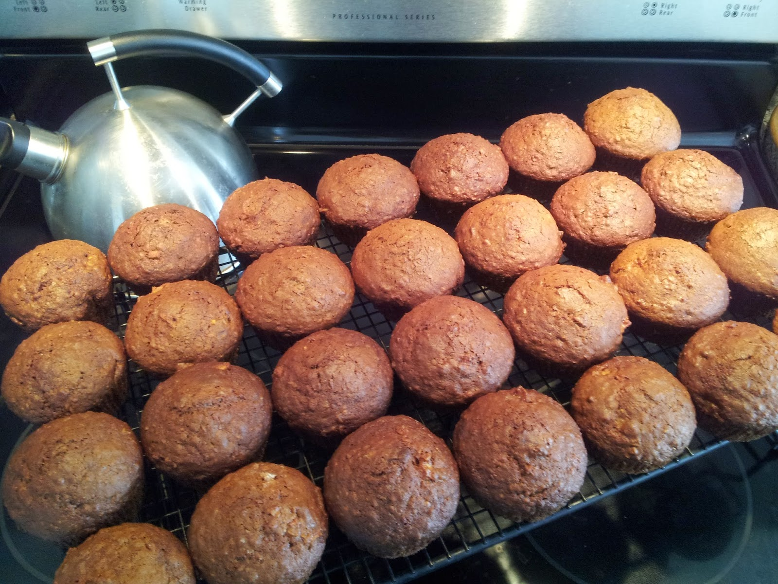 Apple Cinnamon Oat Bran Muffins, baking, healthy snacks