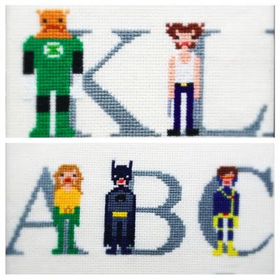 Superhelte alfabetet i korssting tada