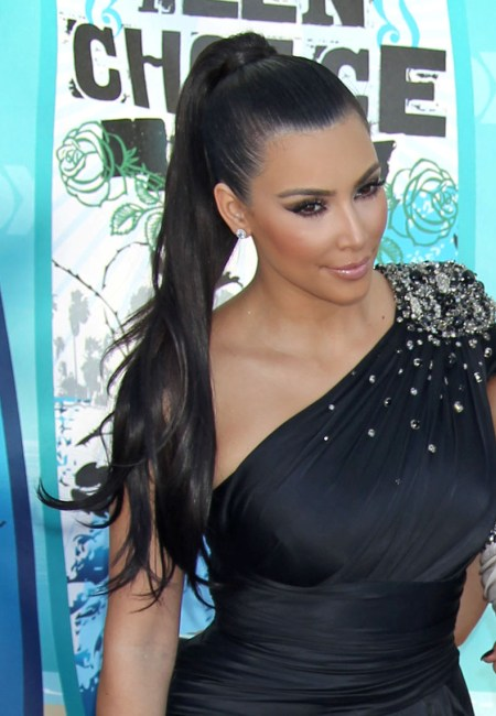 Kim Kardashian ends Stephanie Shepherd feud at Kourtneys