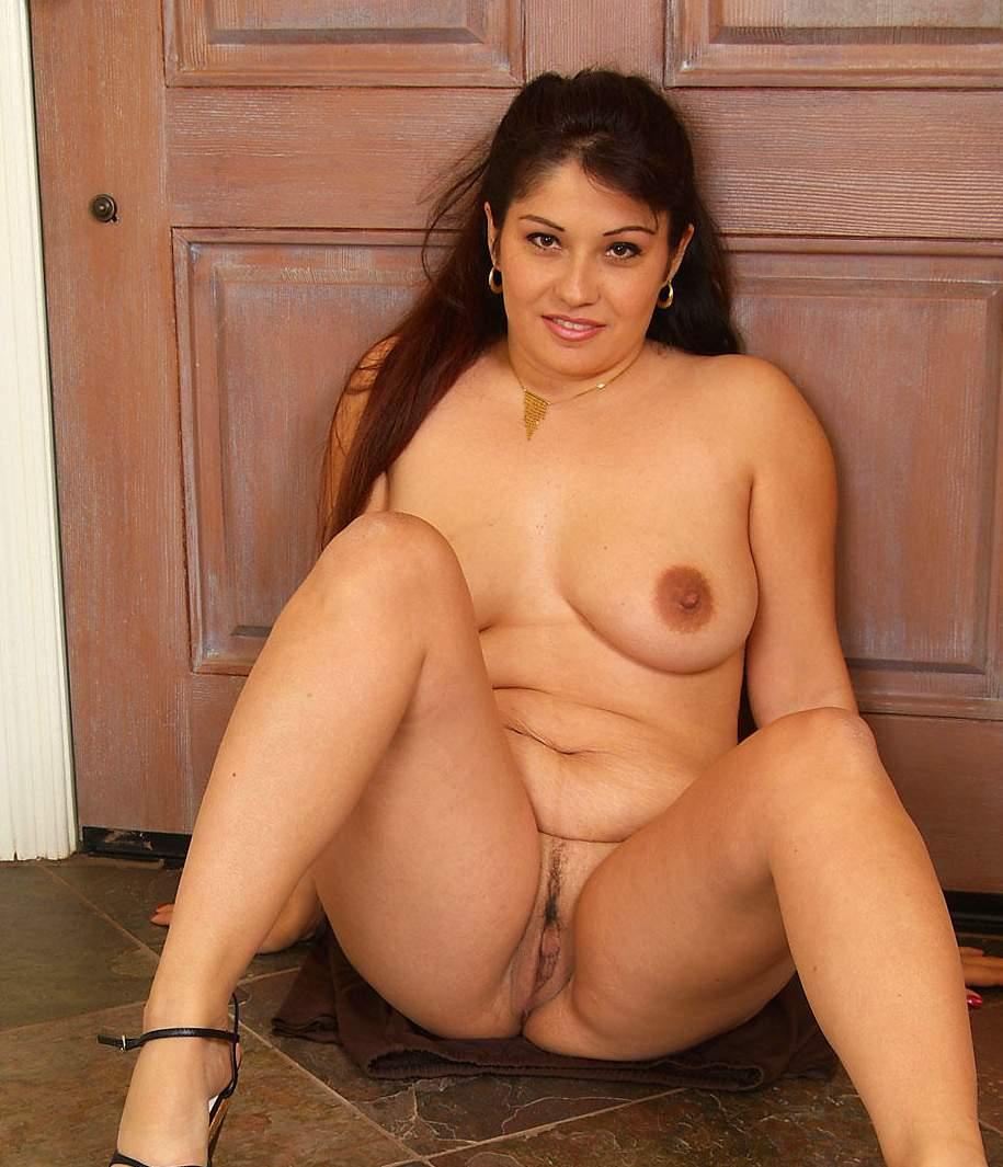 hottest naked brazilian girl