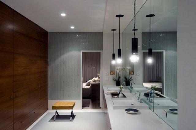Ванная комната в большом модульном доме