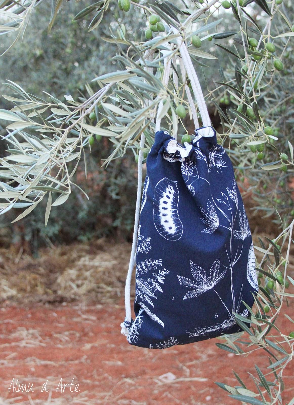 mochila hecha a mano