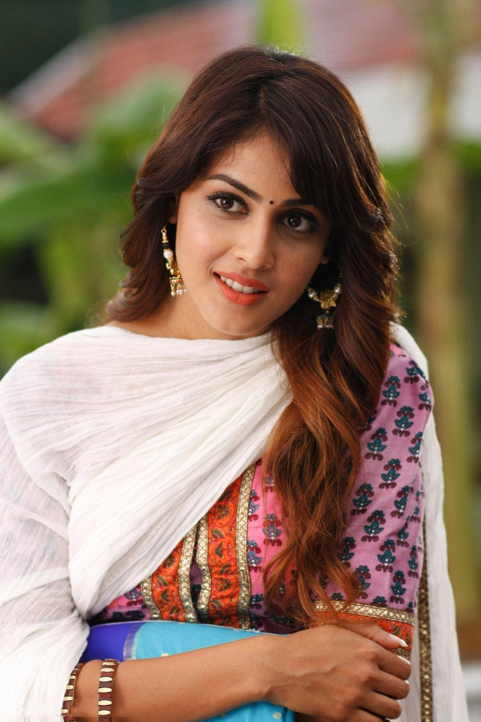 Genelia DSouza Velayutham Movie Still - Genelia DSouza Velayutham Movie Stills