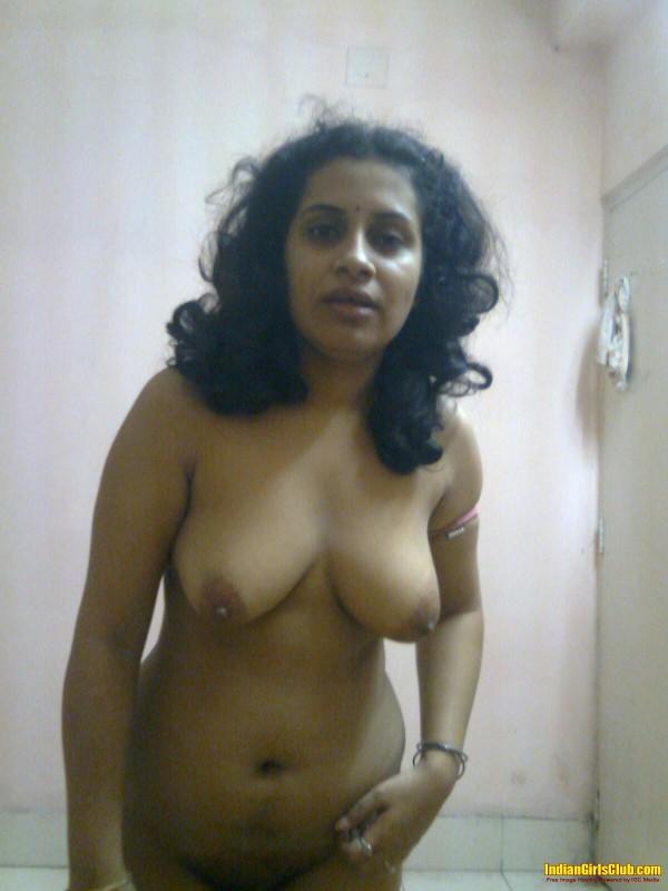 Beautiful Malayalam Aunty