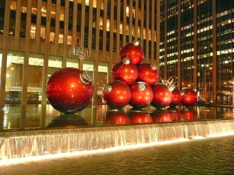 Navidad en nueva york s es navidad viajabonito viajes - Bolas gigantes de navidad ...