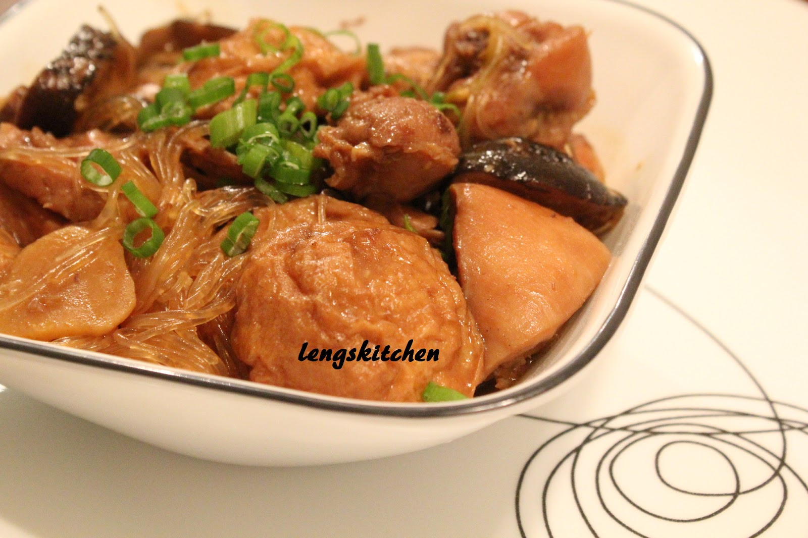 Kitchen Chaos: Braised Chicken with Mushrooms and Fried Tofu Puffs ...