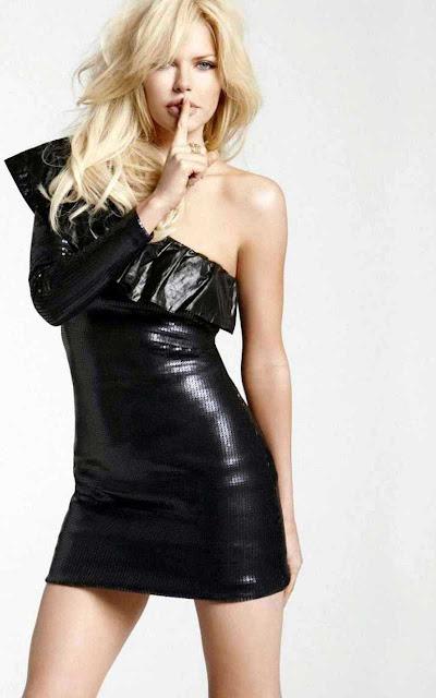 Sophie Monk sexy inblack dress fashion