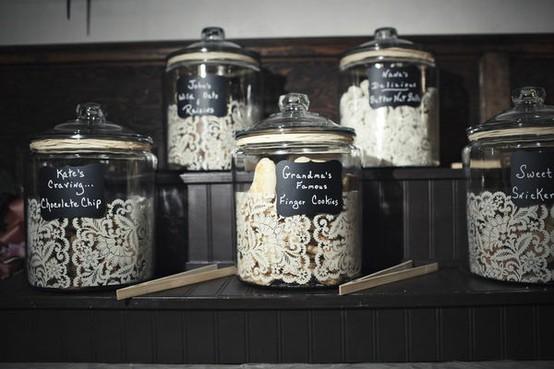Fun Cookie Jar Idea For Pittsburgh Table {via}