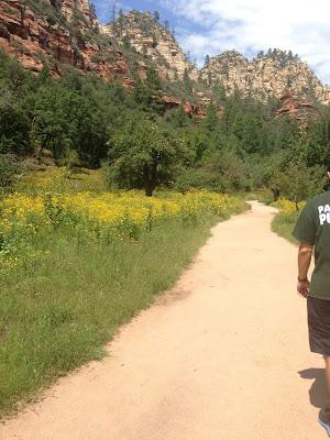 hiking in sedona