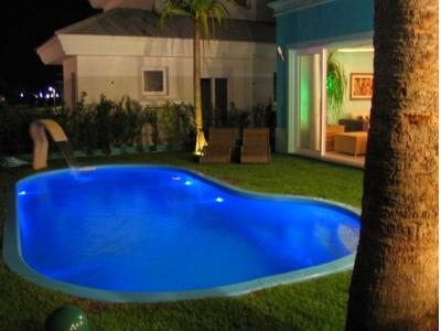 Piscina online piscina em obras - Piscina pequena plastico ...