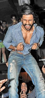 Ranveer Singh dance parties at The Park Hotel