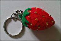 untuk gantungan kunci yang berbentuk buah strobery ukuran 3x2 harga ...