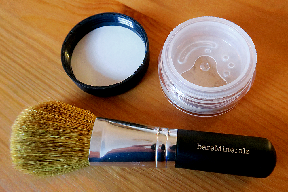 bareMinerals Original Foundation in Fairly Light and Flawless Application Face Brush