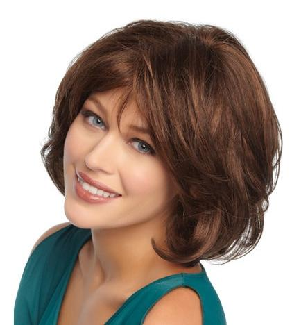Short hair Style Guide and Photo: Popular women cute hairstyles