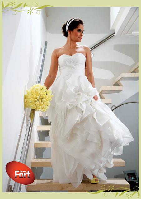 Sapato de noiva Amarelo combinando com o bouquet