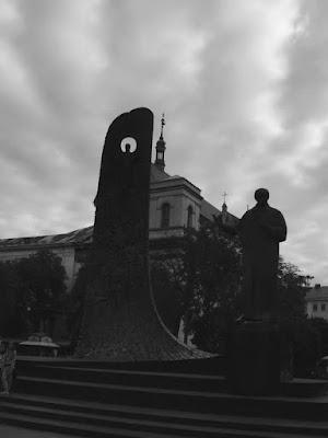que visitar en Lviv, plaza principal