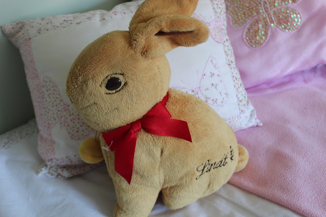 lindt bunny cuddly toy