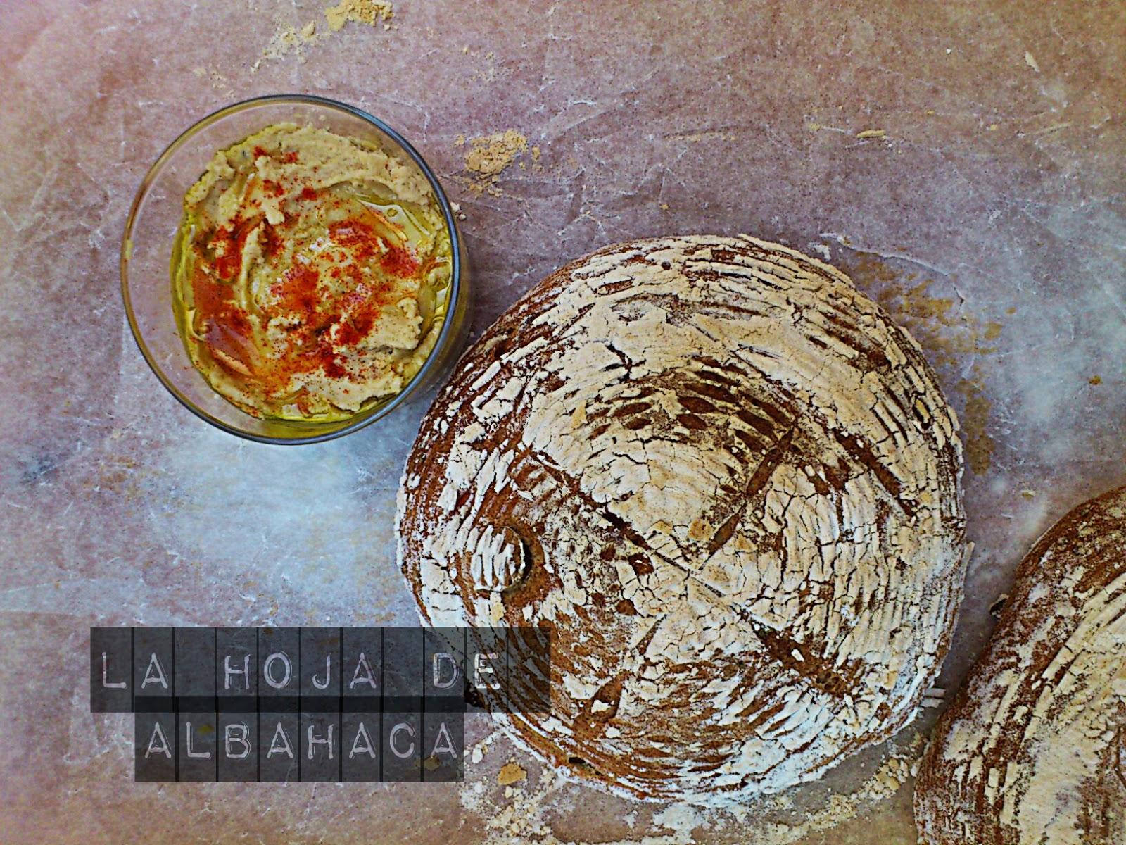 pan casero, pan rápido, pan de aceitunas, pan griego
