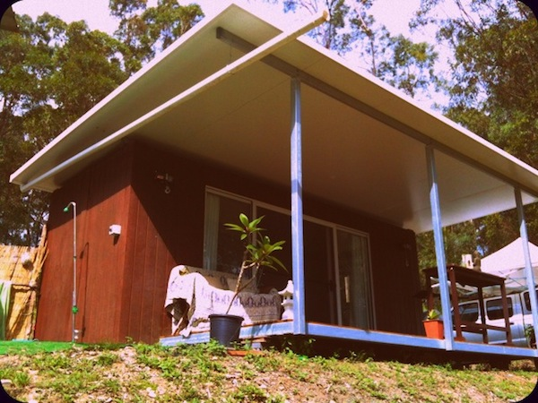 Shipping container homes amanda rootsey eco container australia - Eco friendly shipping container homes ...