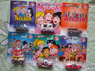 Hot Wheels Archie Comics Jughead Reggie Veronica Betty Riverdale High die cast cars