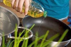 هل هناك خطورة من اعادة تسخين الزيت للقلي ؟ نصائح هامة