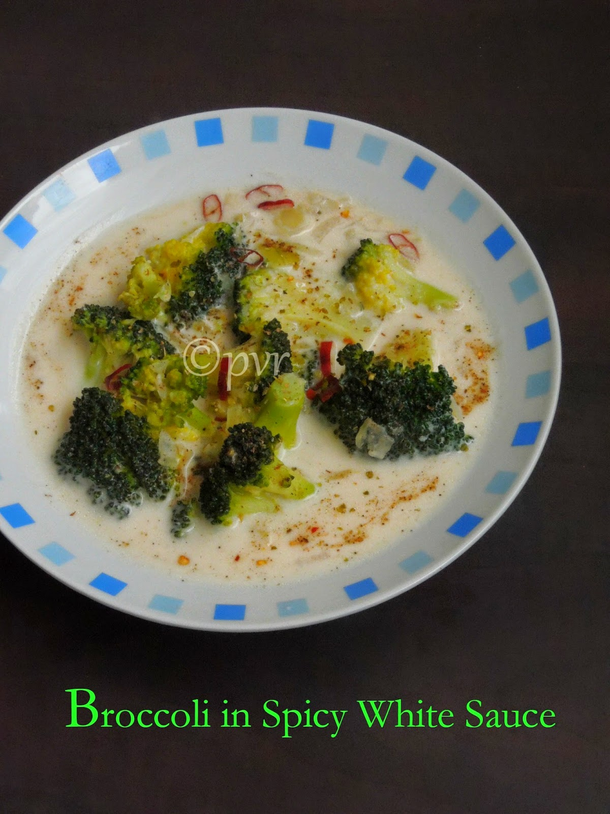 Broccoli in white sauce