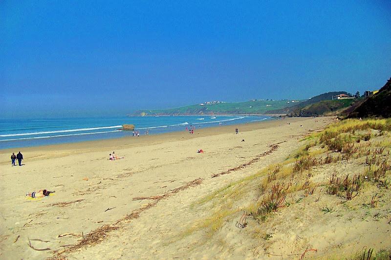 Playa El Rosal en San Vicente de la Barquera