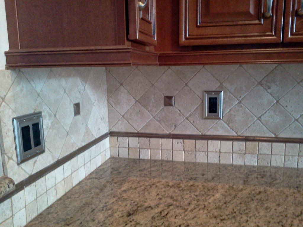 install tile backsplash kitchen