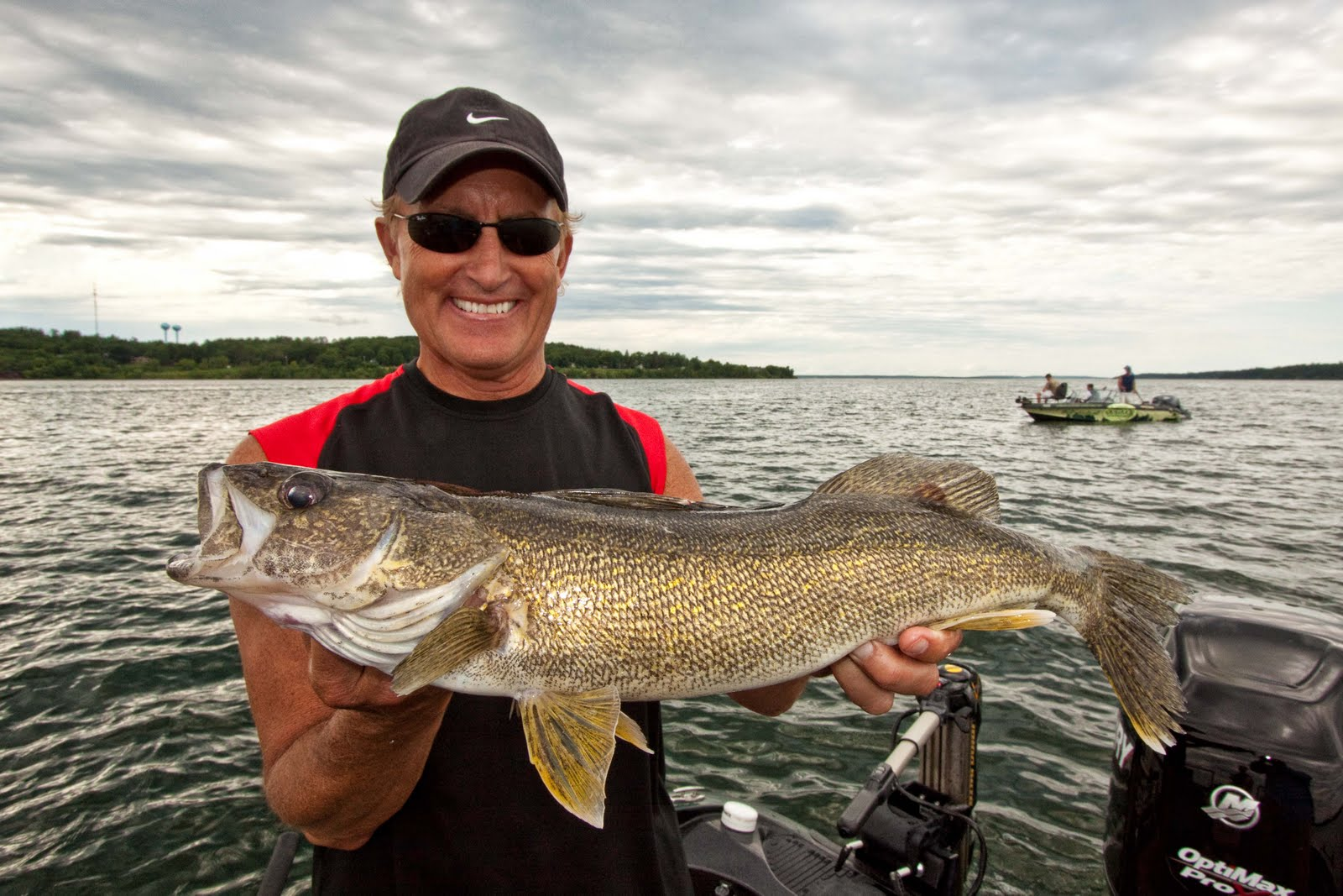 Leisure outdoor adventures leech lake walleye fishing for Leech lake fishing