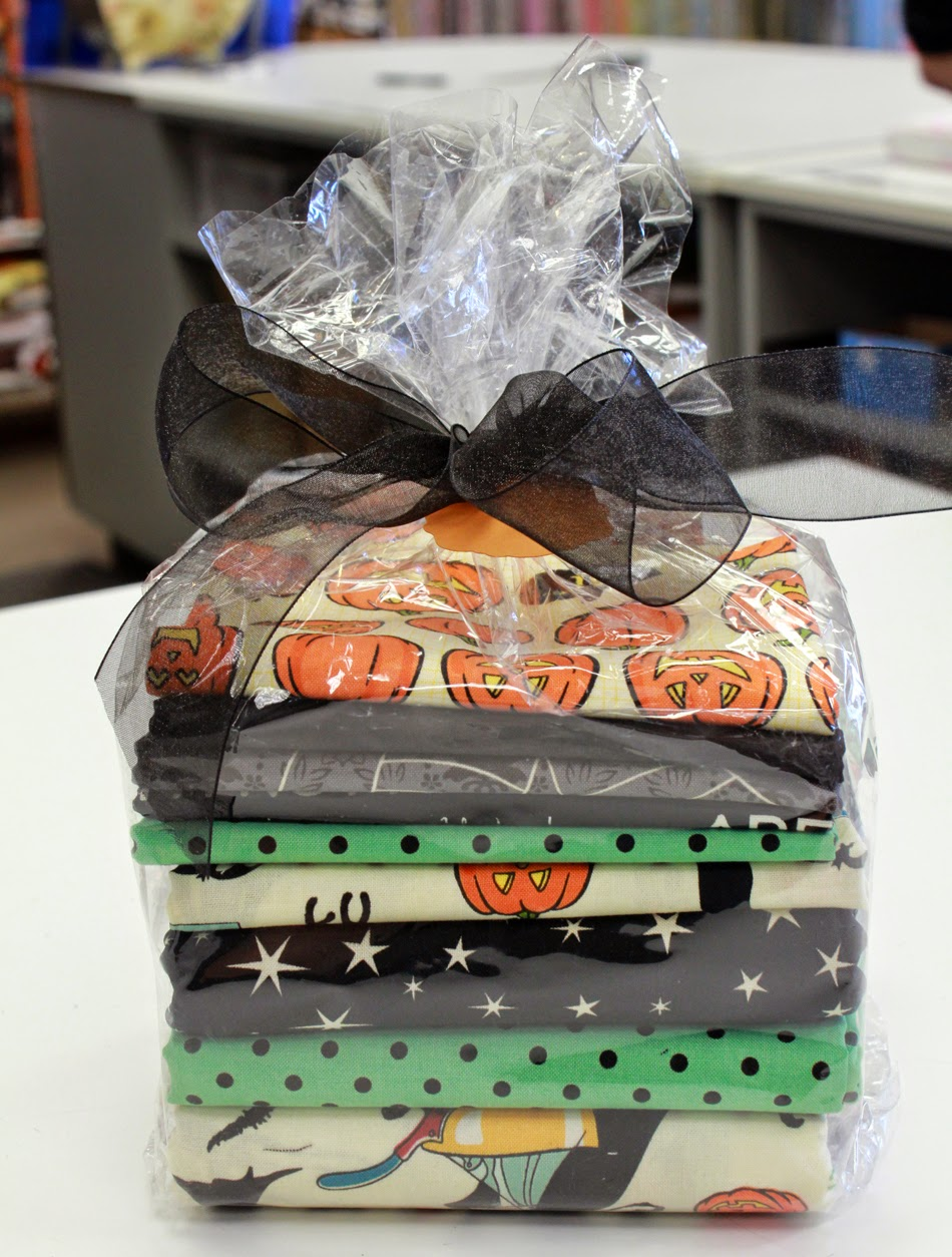 Halloween quilt kit