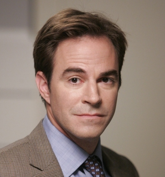 Roger Bart, otro que ficha por 'Scream Queens'