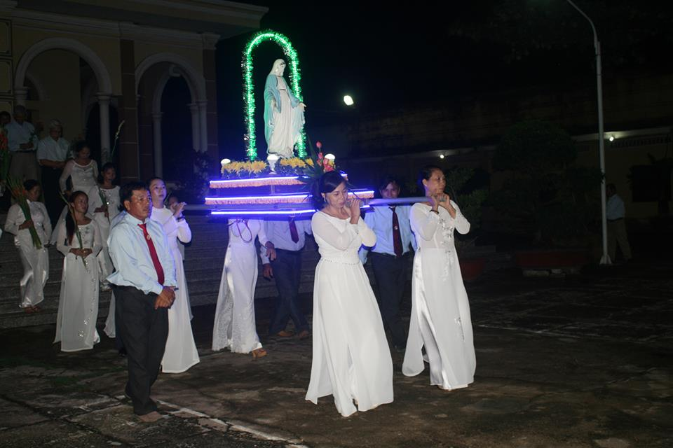 GX.ĐỒNG TIẾN BẾ MẠC THÁNG HOA-2016