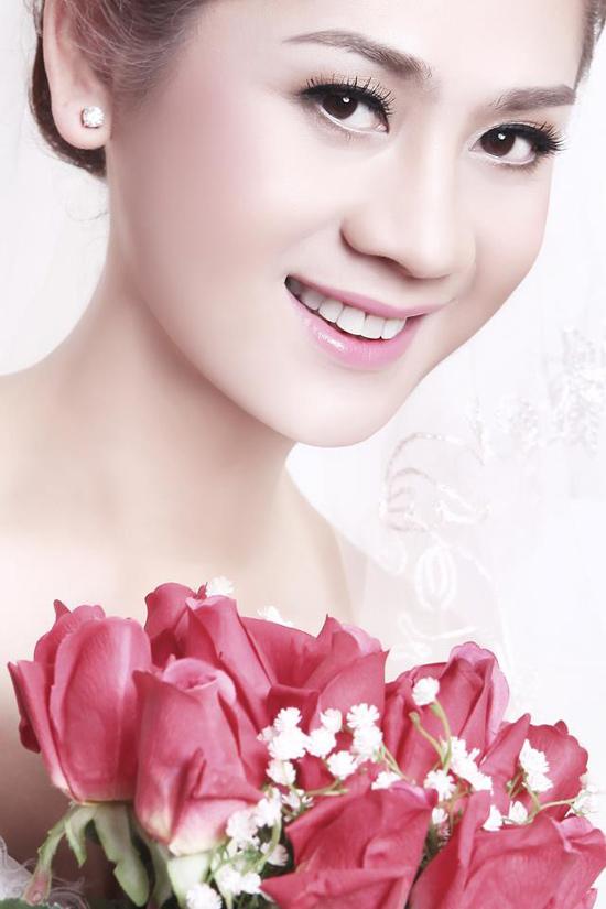 2 Lộ ảnh cưới của Lâm Chí Khanh