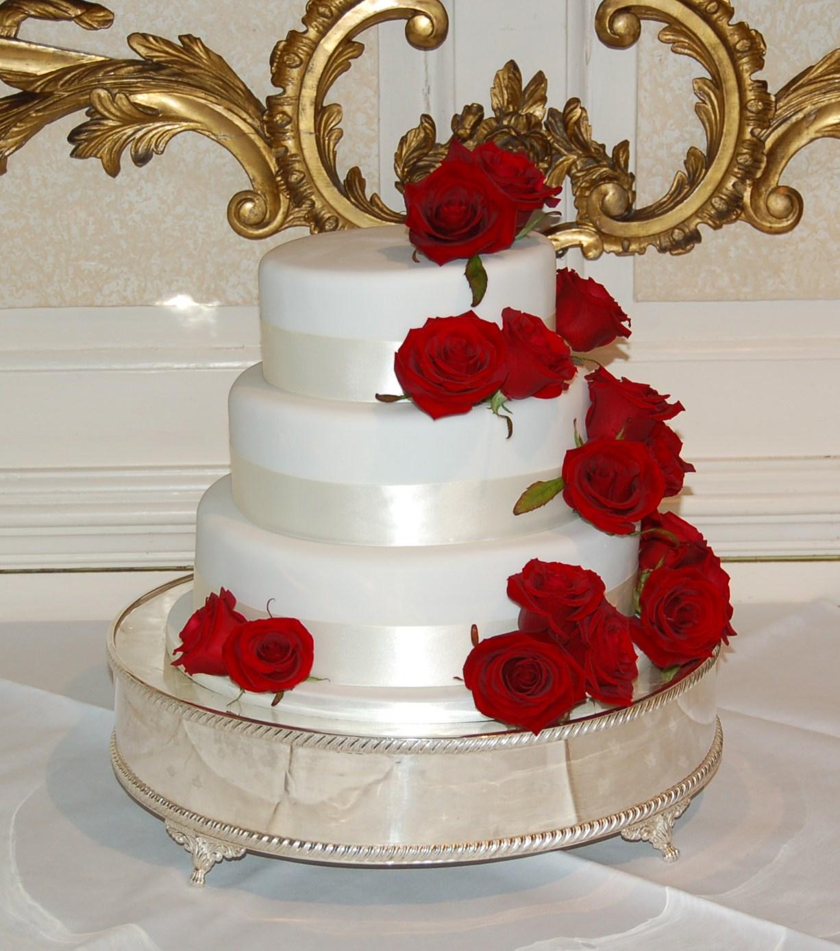 Rose Wedding Cake: Brighton Baker: March 2012