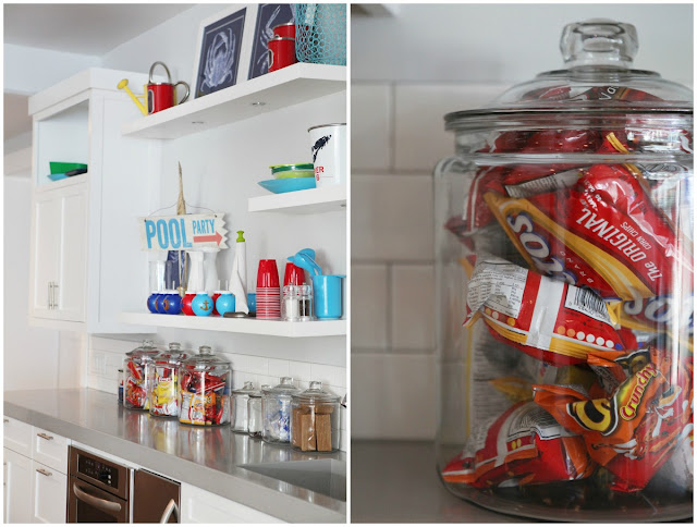 How to Accessorize Floating Shelves in Kitchen