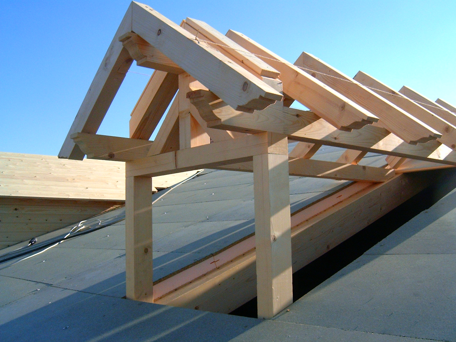 Carpinteria de madera luis aliste for Tejados de madera antiguos