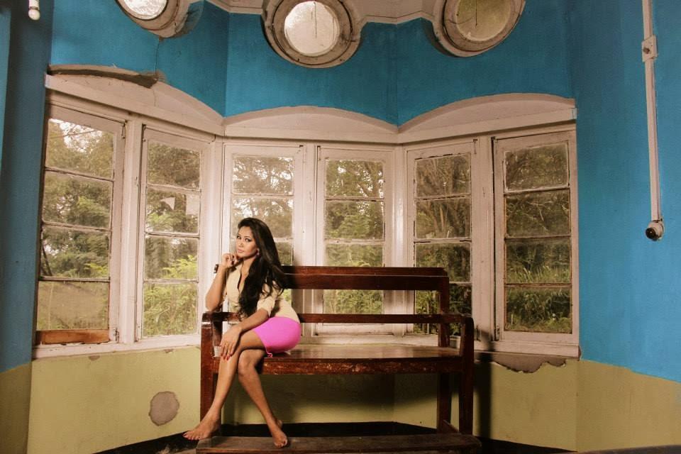 Ashiya Dassanayake short pink skirt