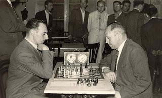 Partida de ajedrez Jaime Pujol Faja vs. Ángel Ribera en 1956
