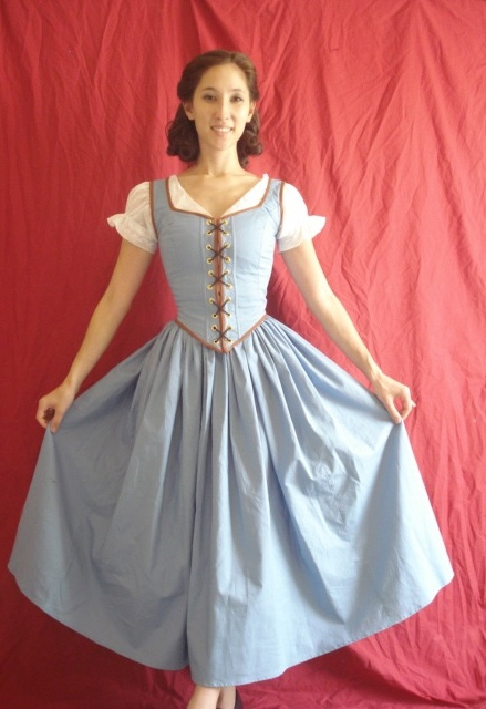 The Couture Courtesan: Once Upon a Time Belle Cosplay!
