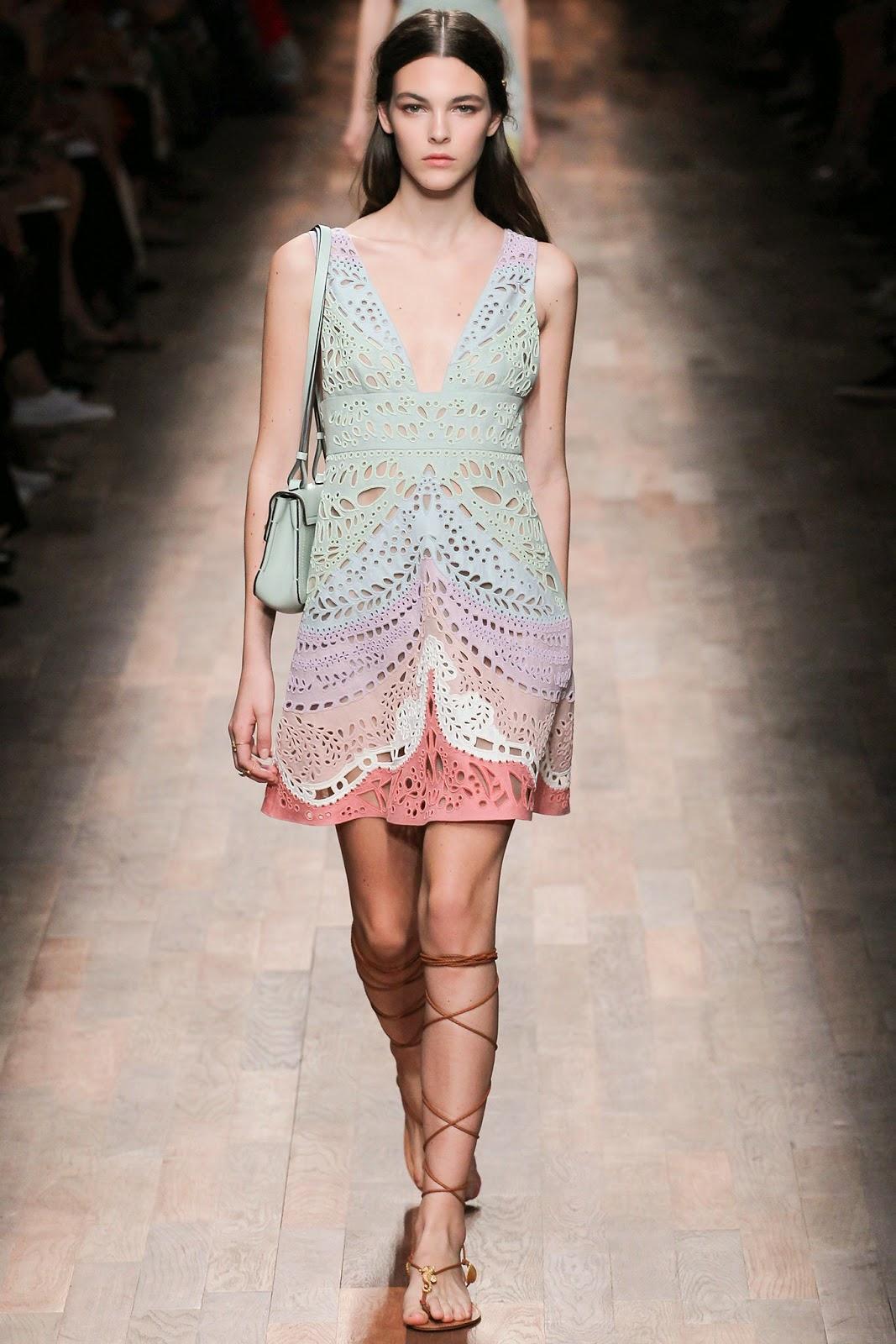 valentino 2015 summer 2016 trend women dress40 Valentino 2015 samling, våren sommaren 2016 Valentino klänning modeller, Valentino kväll klänning nya säsongen kvinnors kjolar modeller