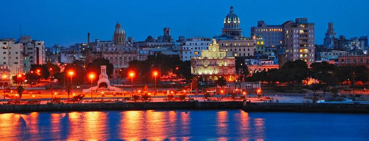 Una noche en La Habana Vieja.