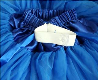 Falda corta con doble tutú con pliegues y cintura ajustable