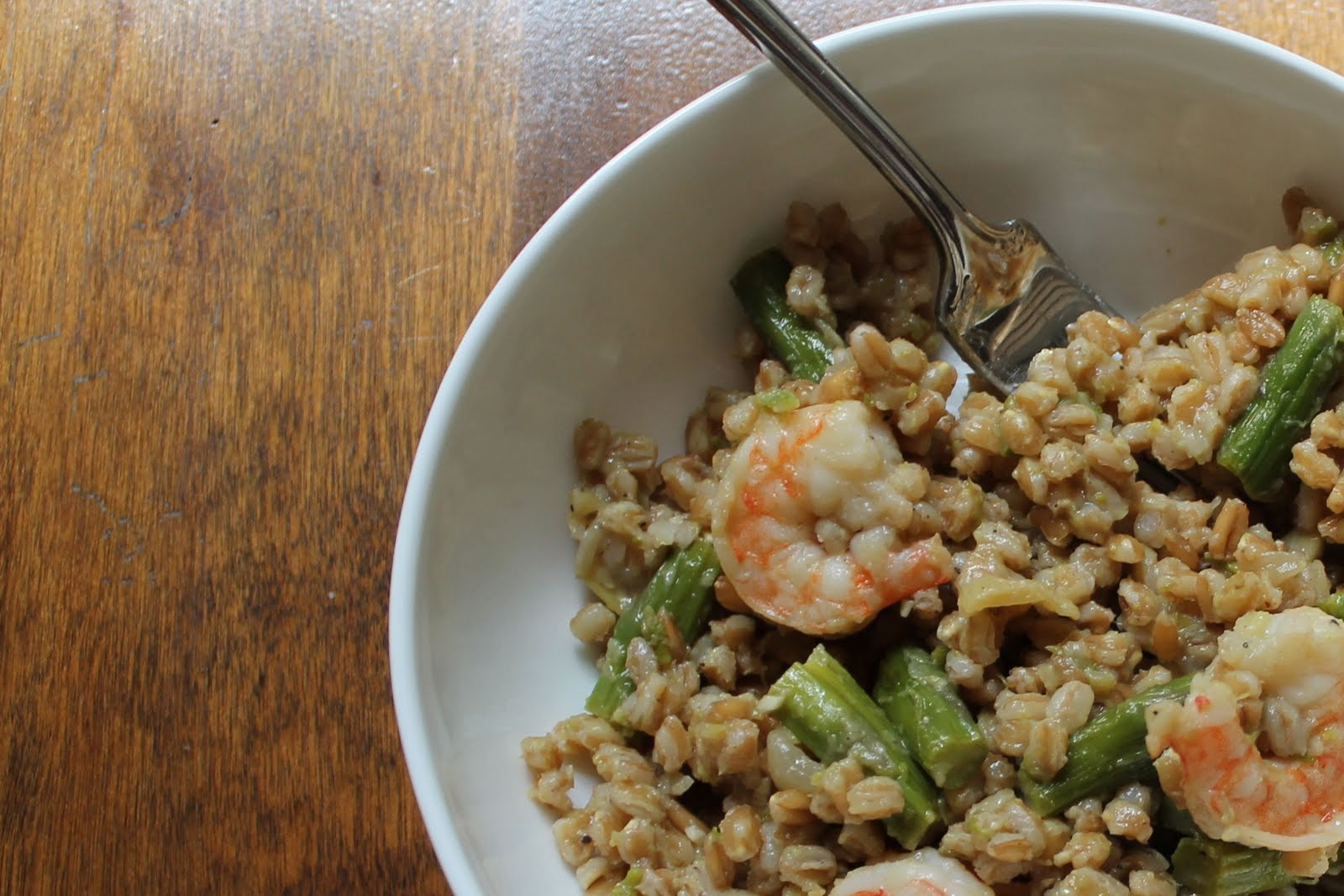 soulful college girl.: Farro Risotto with Shrimp and Asparagus