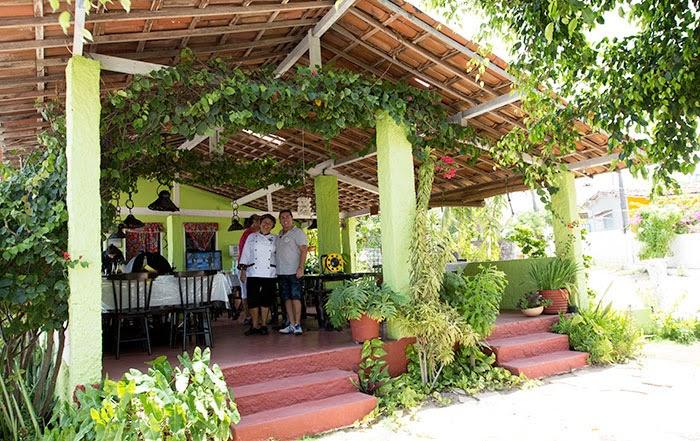 Restaurante O Púkaro com sua chef e o presidene da ACIC