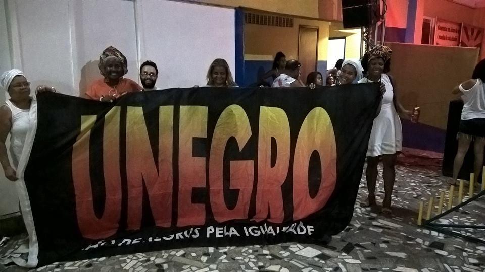 REBELE-SE CONTRA O RACISMO!